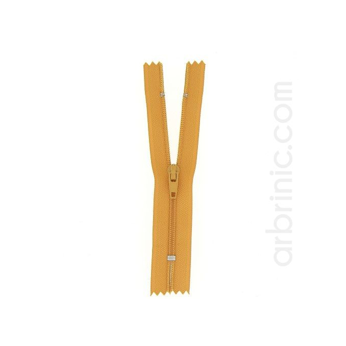 Nylon finished zipper 10cm Ocre