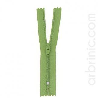 Fermeture fine nylon non séparable Vert Mousse