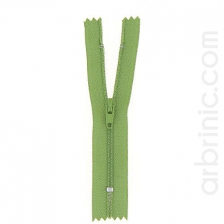 Nylon finished zipper Moss Green
